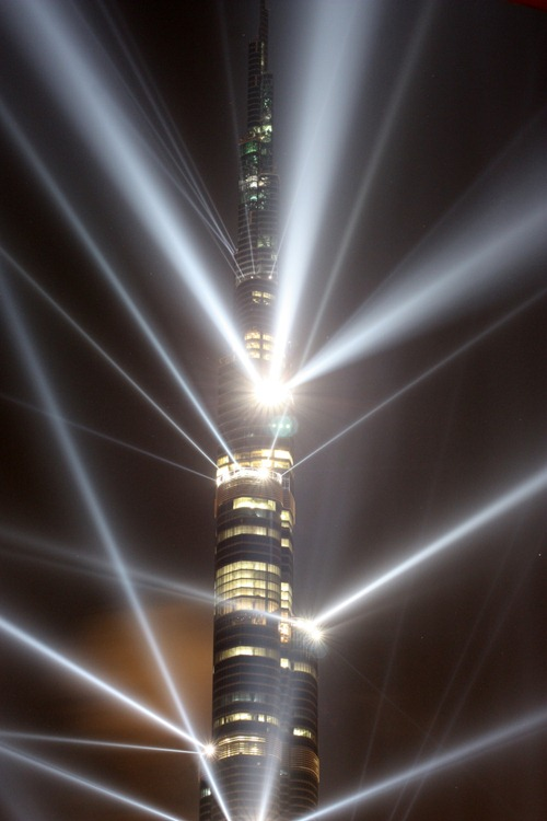 burj-dubai-lighting show