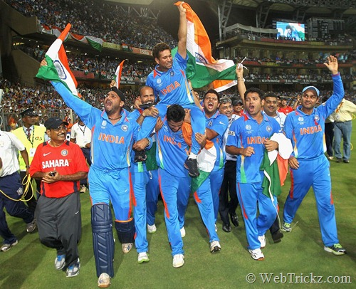 Sachin being honoured by team India