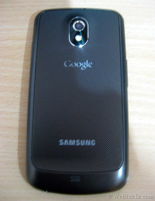 Galaxy Nexus-textured-back-panel