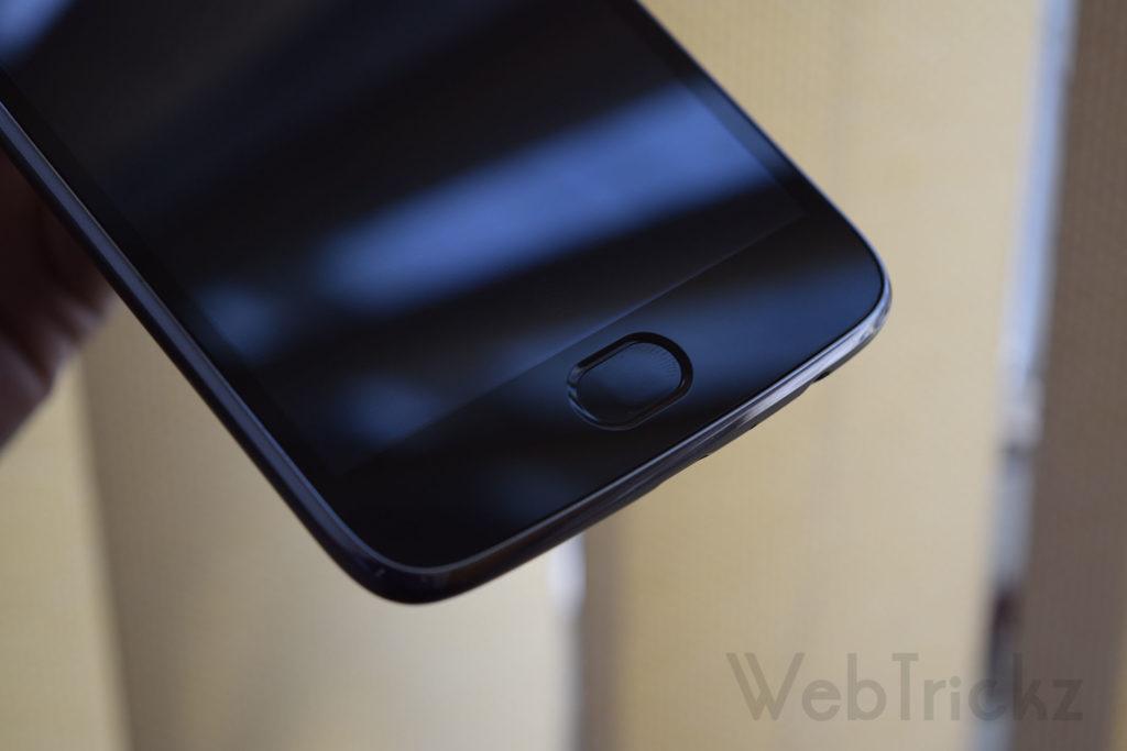 Moto G5 Plus Fingerprint scanner