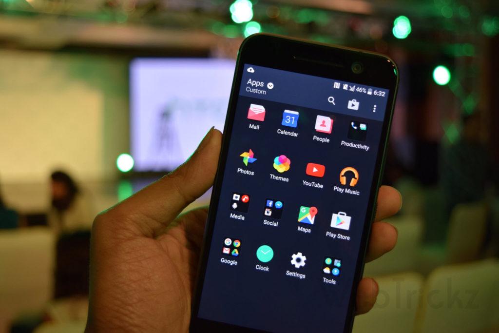 HTC 10 app drawer
