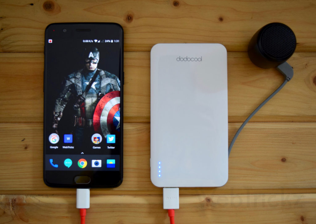 dodocool 5000mAh powerbank charging