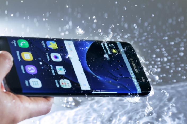 galaxy-s7-galaxy-s7-edge-Waterproof IP68