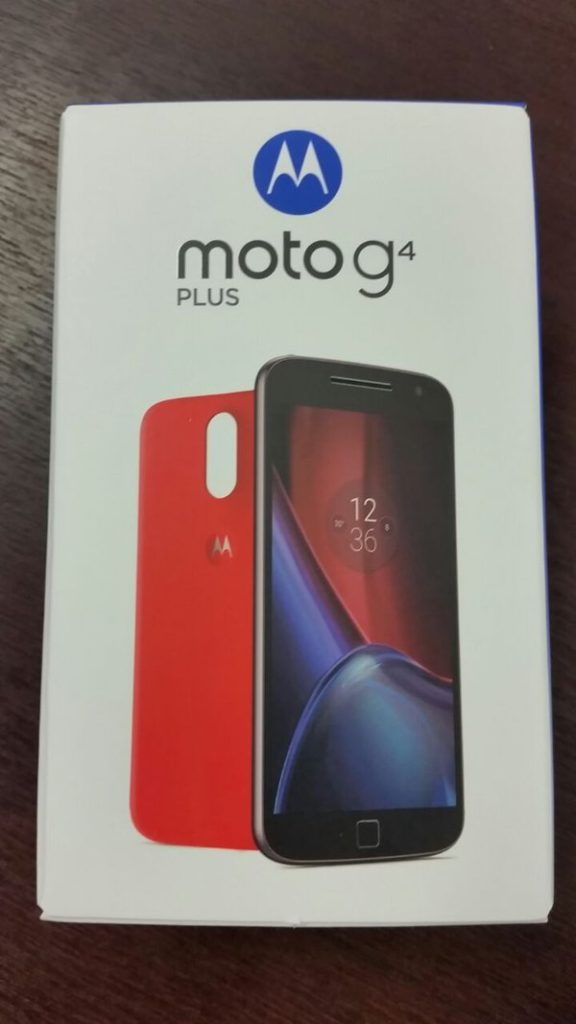 Moto G4 Plus box_front