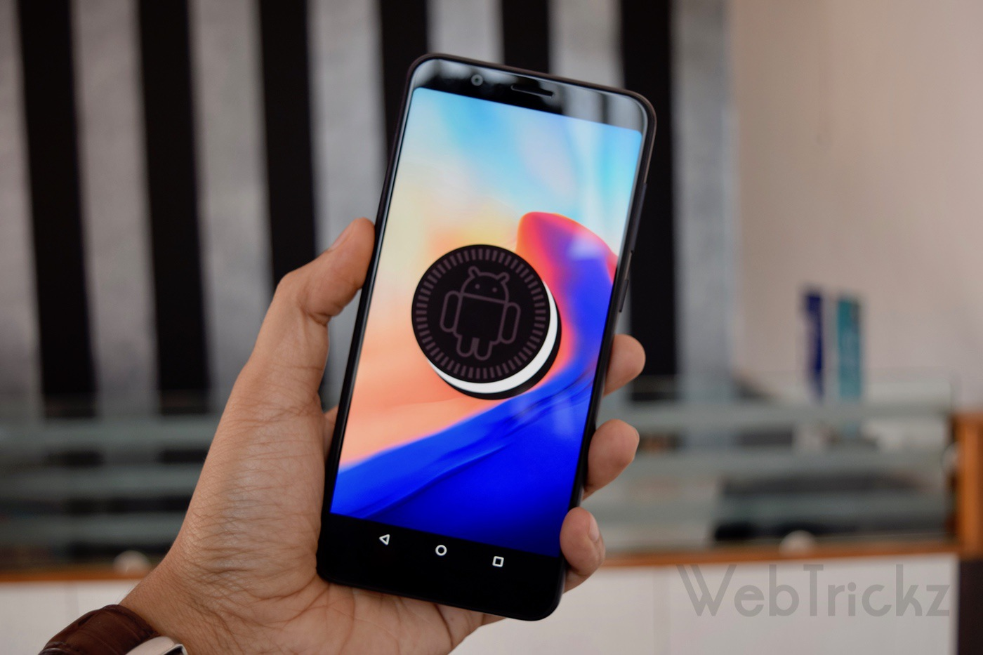 Asus Zenfone Max Pro running stock android 8.1 oreo
